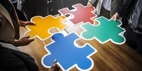 ¿Qué son las operaciones vinculadas?