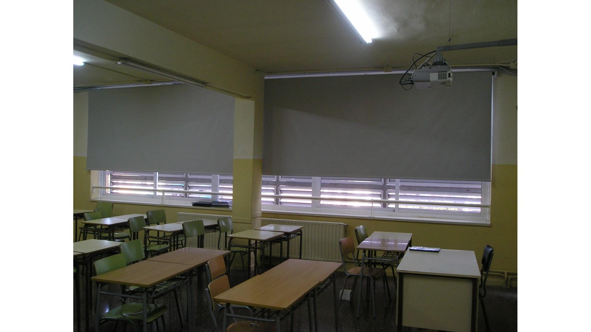 Instituto Sant Andreu - Toldos ROS