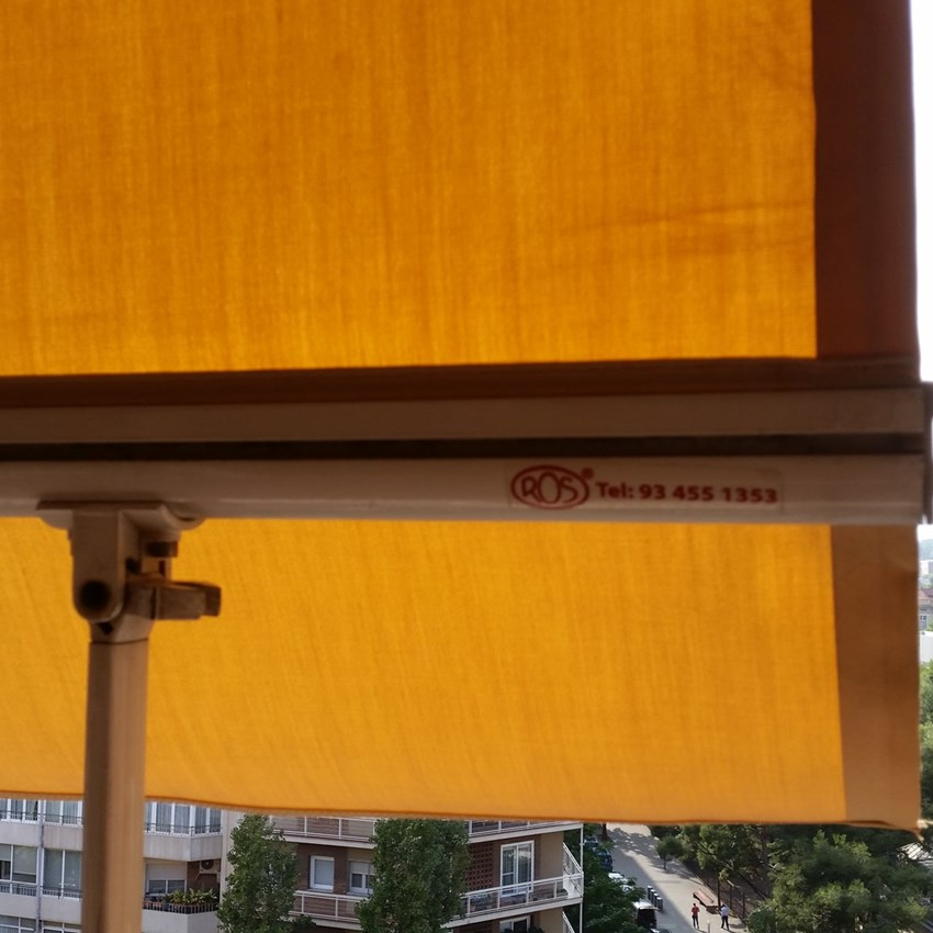 Balcó particular a Barcelona - Toldos ROS