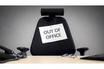 Sanción disciplinaria a un funcionario por eludir los controles horarios y fichar por otros compañeros.