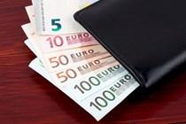 Según la DGT, la indemnización por negligencia profesional abonada por un abogado tiene la consideración de ganancia patrimonial
